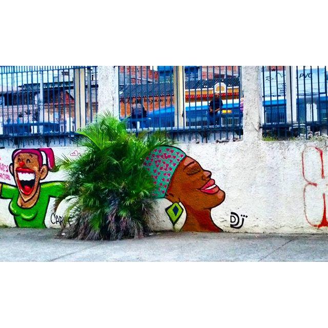 RUA LEOPOLDINA REGO - OLARIA - RIO DE JANEIRO - RJ ARTIST: DJ #graffiti #graffitiart #graffitiwall #streetculture #streetphotography #streetstyle #urbanart #spraypaint #graffitirio #StreetArtRio #muros #artederua #streetart #arteurbana #welovestreetart #mural #streetartfiles #graffart #graffittigers #graff #wallart #olheosmuros #graffitilegends #streetartofficial #streetartistry #stickerart #urbanwalls #instagraffiti #spraycanart #graffitiporn