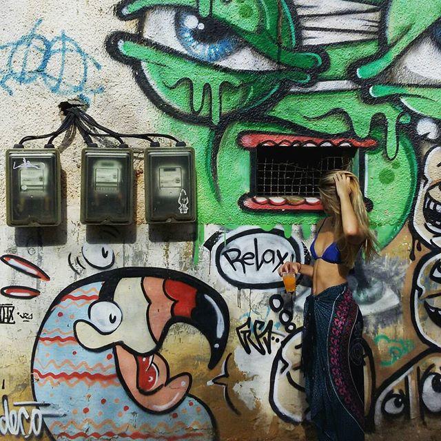 Relax #streetart #streetartrio #graffiti