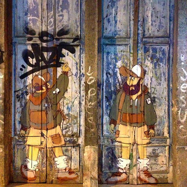 Só acaba quando termina. Siga a saga do #barbudinho #andarilho ao vivo no #instagran #lapa #gloria #cazesawaya #streetart #streetstyle #streetartrio #instagrafite #streetartnews