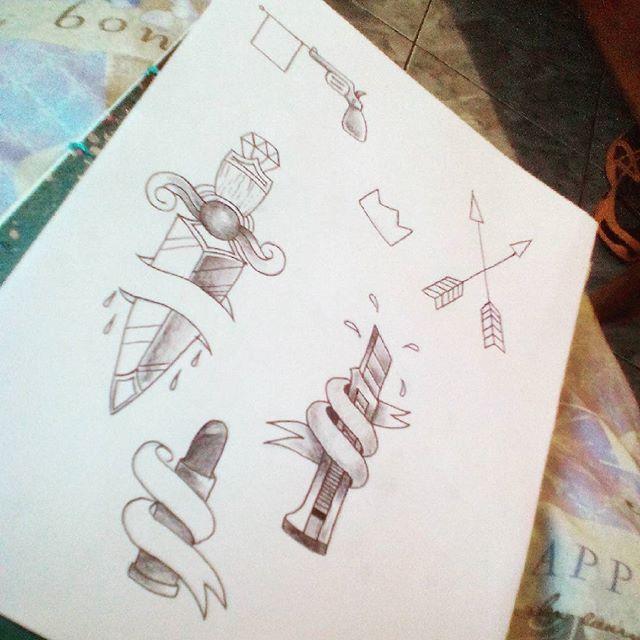 Studing tattoo! #felipeblunt #streetart #streetartrio #tattoo #boa tarde