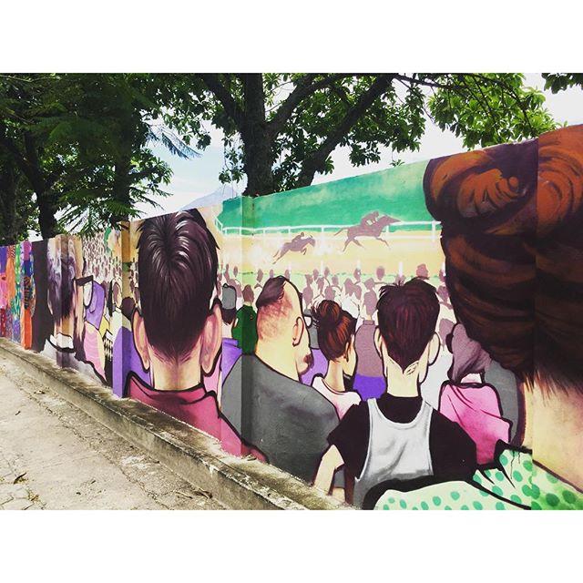 Uma homenagem ao Jockey! #jockeyclub #caminhada #murosdorio #projetosaúde #grafite #graffiti #graffrio #riodejaneiro #lagoarodrigodefreitas #streetartrio #artelivre #arteurbanabr