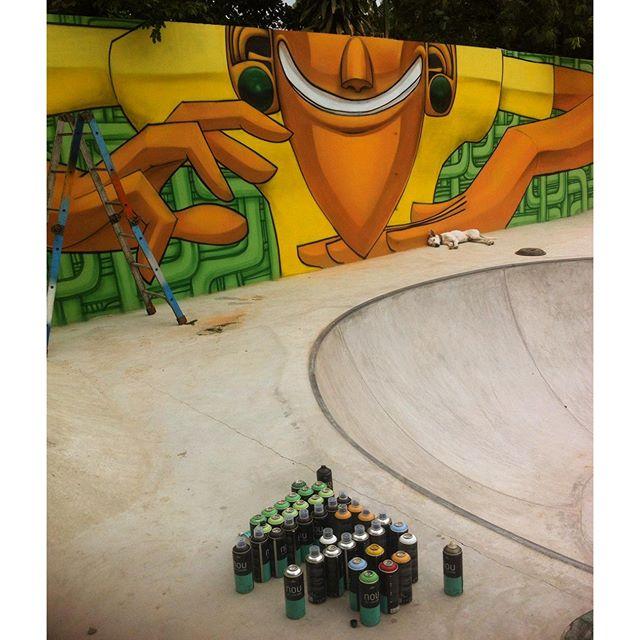 #ajuntamentodastribos #sãogonçalo #riodejanero  #graffiti #grafite #streetartrio #fatcap #noucolors #nouadvocats #sk8 #skate #marceloeco