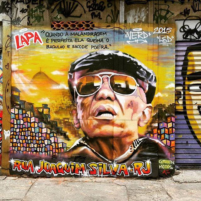 #bezerradasilva returned to #lapa. This is just a short walk from gorgeous #escadariaselaron. #eatrio #foodtour #graffiti #streetartrio #streetart #malandro #malandragem #rio #brazil #brasil