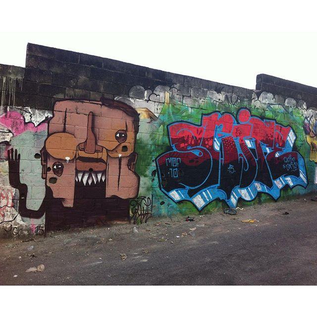 calor além dos limites #MOF #MOF10 #graffiti #rjvandal #instagrafite #painting #streetartrio #tintaverme