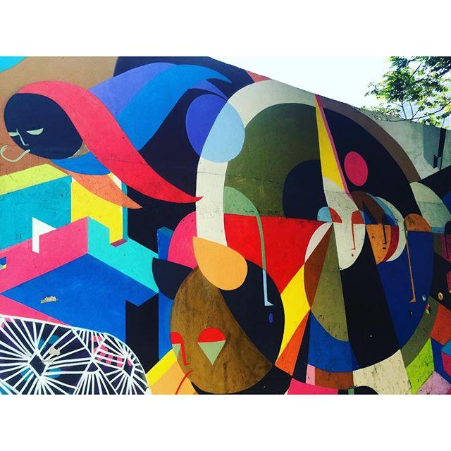 #caminhada #projetosaúde #graffrio #grafite #graffiti #streetartrio #riodejaneiro #lagoarodrigodefreitas #streetartrio #murosdorio #arteurbanabr #artelivre