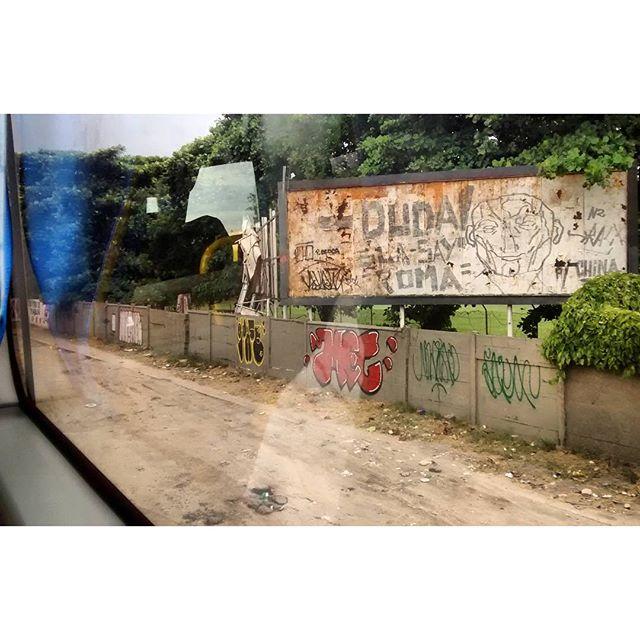 • #rjvandal #streetartrio #streetart #graffiti #graffitiart #art #riodejaneiro #tags #tagsandthrows #throwsup #throwsupz #bombing #bomb #grafite #arteurbana #rj #urbanart #artederua #rua #graffitiwall #sprayart #vandal #galeriaceuaberto #olheosmuros #bombingbrasil #graffitirio #art #makeart #vandalismo