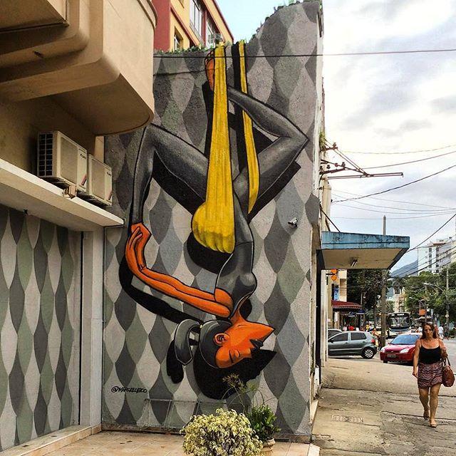 @marceloeco нарисовал в Рио-де-Жанейро. #marceloeco #streetartrio #streetartrj #graffitirio #graffitirj #streetartbr #igersbrazil #ig_brazil #graffitibrazil #граффити_tschelovek #streetart #urbanart #graffiti #mural #стритарт #граффити #wallart #graffitiart #artederua #grafite #arteurbana #wall #graffiticulture #graffitiwall #streetart_daily #streetarteverywhere