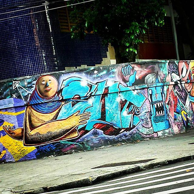 @snitone @tonsnc @lepeq1 #snitone #peq1 #graffiti #graff #grafite #urbangraffiti #instagrafite #instagraff #graffitirio #mural #murals #graffitiphoto #graffitiphotography #streetphotography #streetphoto #instastreet #Rua #Rio #RiodeJaneiro #RJ #Brasil #StreetArtRio