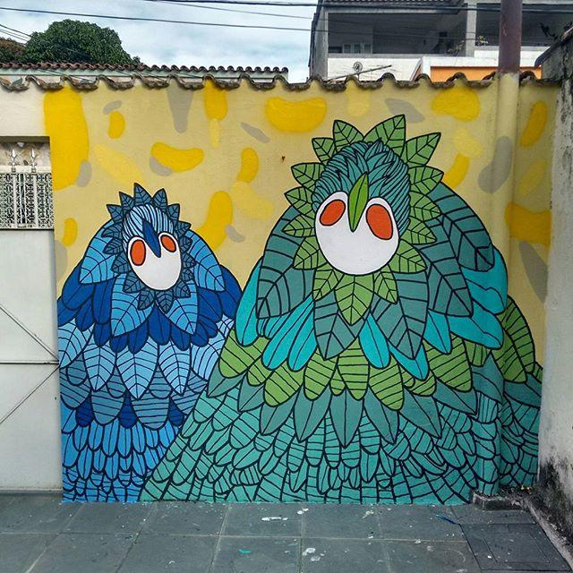 A liberdade e o fator libertador que a arte nos proporciona. #zonaosterj #realengo #streetartrio #streetart #arteurbana #artistaurbano #artistacarioca #artdelarue #artgallery #rua #sprayart #vscoart #vscocam #graffitirj #murals #mural #rjvandal