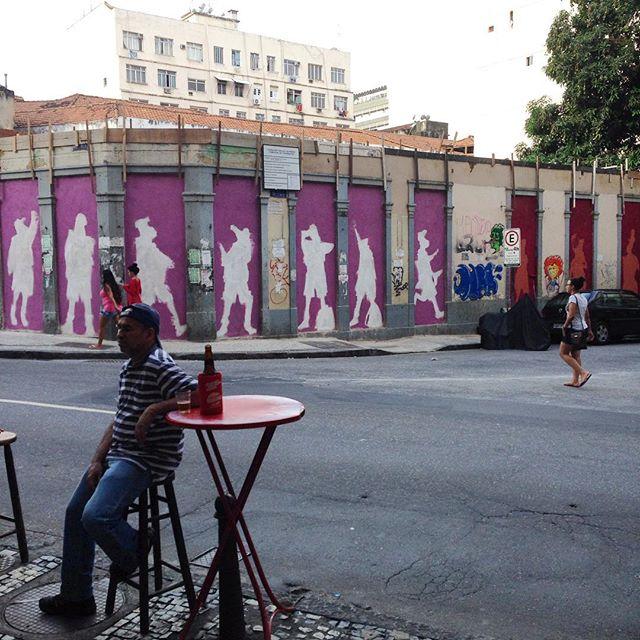 Amanha a gente continua o #motiongraffiti #barbudinhoandarilho #streetartrio #cazé #cazesawaya