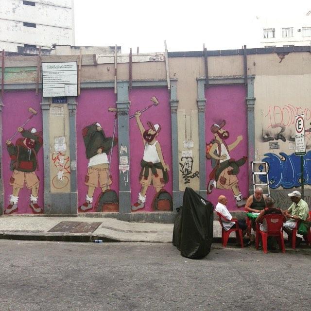 Carteado de sexta! #motiongraffiti #cazesawaya #cazé #barbudinhoandarilho #streetartrio #streetart #lapa #centro