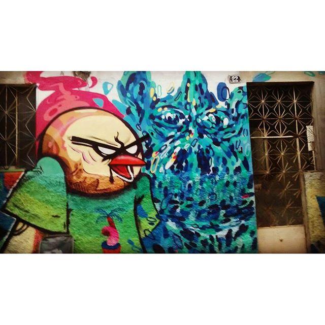 Junto com meus irmãos @_nicolau_ @tainancabral e @joaonitcho @memiguilherme que entraram so uma pontinha no registro ... Por @a.aninha.a #mof10 #bives #biveselecta #graffitirj #graffitiart #instagraffiti #instagraff #instagood #streetartrio , #streetstyle