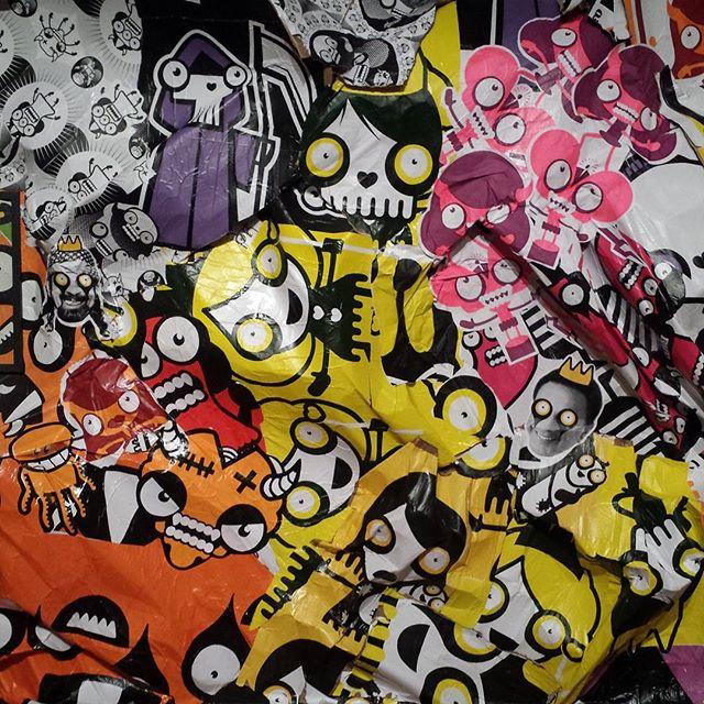 """Pórtico de entrada da exposição """"Ciclico"""" do @rafocastro Deve ter uns 3m de alt. #rafocastro #arteurbana #streetartrio"""