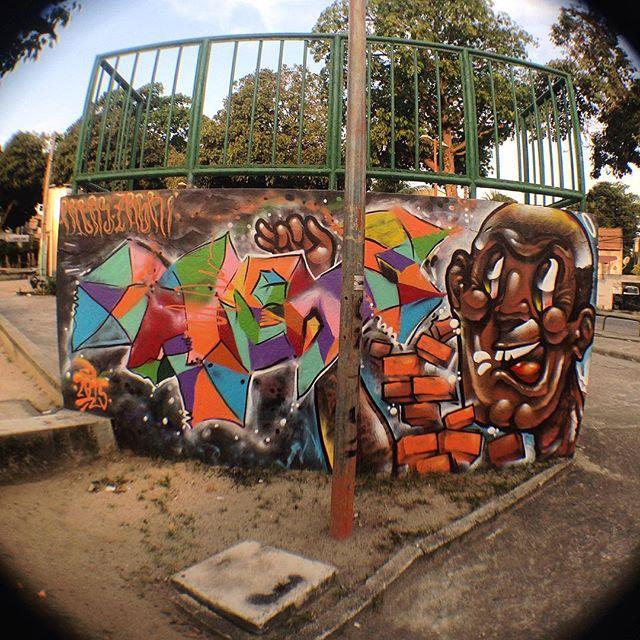 Preas + Zagri !! Agradecido por todo incentivo mano @brunozagri !! Abração!! #graffiti #leters #abstracaogeometrica #streetartrj #spray #cores #rua #zonanorterj #streetartrio