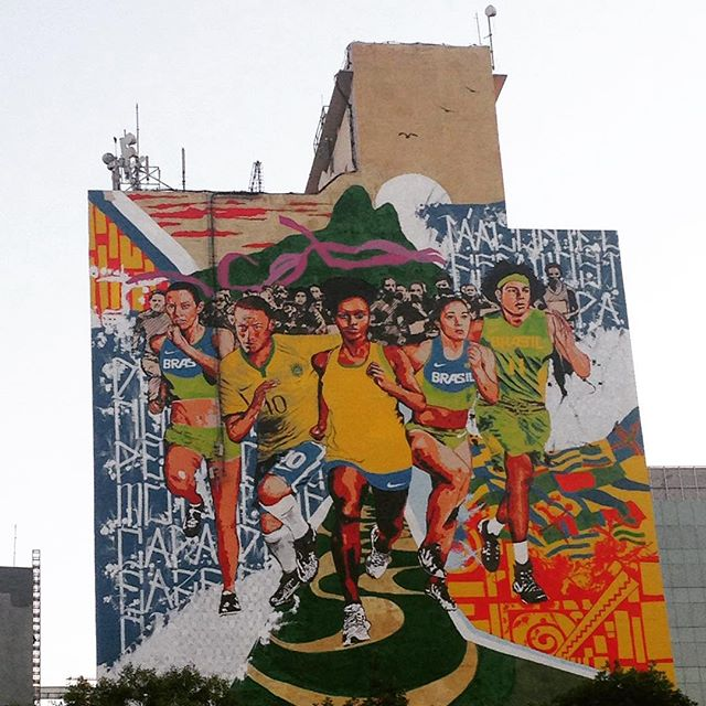 RUN RIO DE JANEIRO ! #streetstyle #grafite #streetartrio #artederua #artederuabrasil #colors #montana94