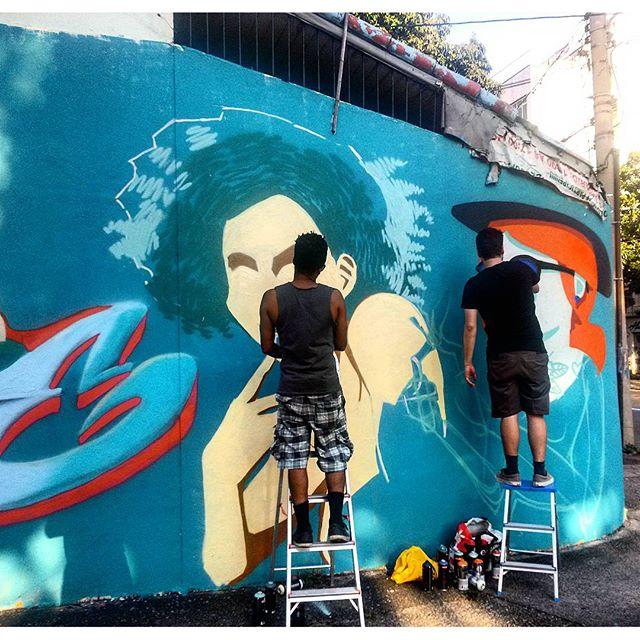 #StreetArtRio @ilpe77 (Ilpe) e @viniciuscarvas (Cash) pintando
