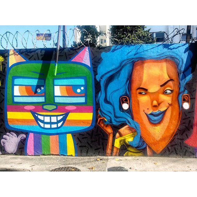 #StreetArtRio Mural na Doutor Satamini, próximo à praça São Francisco Xavier, 3/5 Artistas no detalhe: @minhau_sp (Minhau) e @marceloeco (Eco) Tirada em 25/12/2015