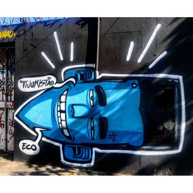 #StreetArtRio Mural na Doutor Satamini, próximo à praça São Francisco Xavier, 5/5 Artista no detalhe: @marceloeco (Eco) Tirada em 25/12/2015