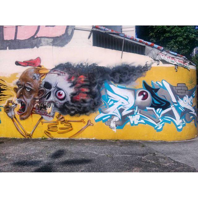 #StreetArtRio [RENOVADO] Mural perto da São Francisco Xavier 2/5 Artistas: @pakatoo (Pakato) e @ploom.mlc (Ploom) Tirada em 16/12/2015