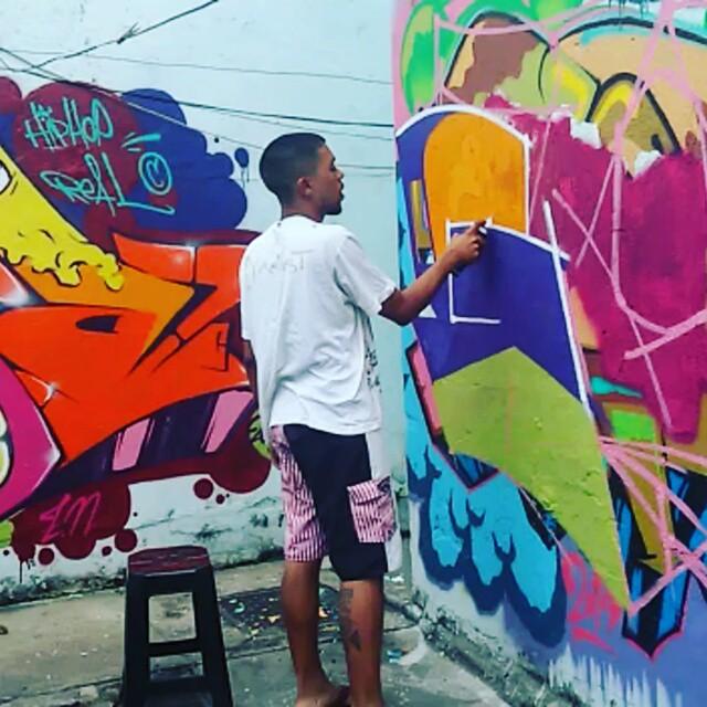 Tssssssssssssss #graffiti #graffitiart #streetart #art #arte #arteurbana #graffitikings #letters #weloveletters #artsy #drawing #arts #SprayArt #vscocam #wildstyle #wildstylegraffiti #brasil #graffitilovers #streetartrio #Blopa #BlopaOne #H2R #CSL