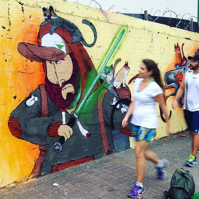 #barbudinhoandarilho #yoda #sabredeluz #starwars #nerd #streetart #streetartrio #charactergraffiti #cazé #tijuca #tijukinstan