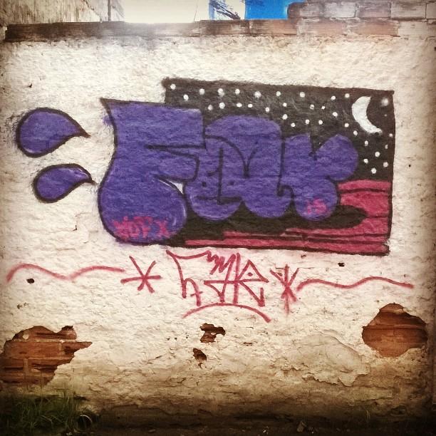 #farah #streetartrio #mof10 #rjvandal #vilaoperaria #bomb #bombingrio #ruarj #tagsandthrows #graffitilife