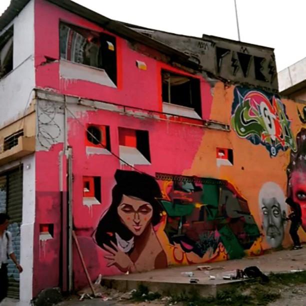 #kovokday #kovokcrew #bands #mariobands #artistasurbanoscrew #ClasseD #streetartrio #janelas