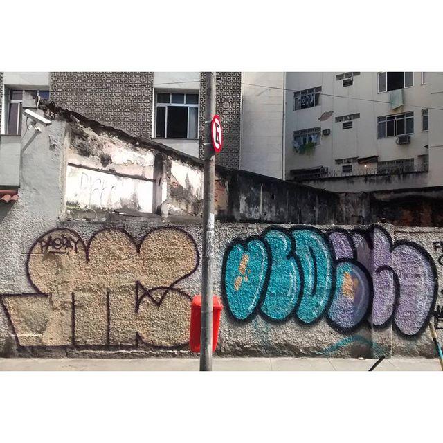 por: @upperhand • #rjvandal #streetartrio #streetart #graffiti #graffitiart #art #riodejaneiro #tags #tagsandthrows #throwsup #throwsupz #bombing #bomb #grafite #artist #artoftheday #arteurbana #rj #urbanart #artederua #rua #graffitiwall #sprayart #vandal #galeriaceuaberto #olheosmuros #bombingbrasil #graffitirio #art #makeart