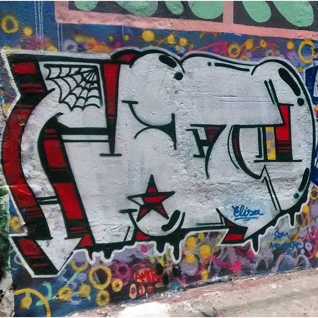 por: @vatogaspar • #rjvandal #streetartrio #streetart #graffiti #graffitiart #art #riodejaneiro #tags #tagsandthrows #throwsup #throwsupz #bombing #bomb #grafite #artist #artoftheday #arteurbana #rj #urbanart #artederua #rua #graffitiwall #sprayart #vandal #galeriaceuaberto #olheosmuros #bombingbrasil #graffitirio #art #makeart
