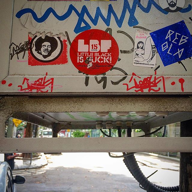 #streetartrio #streetcat #igersrio #riodejaneiro #brazil #sticker #lbf #littleblackisfuck