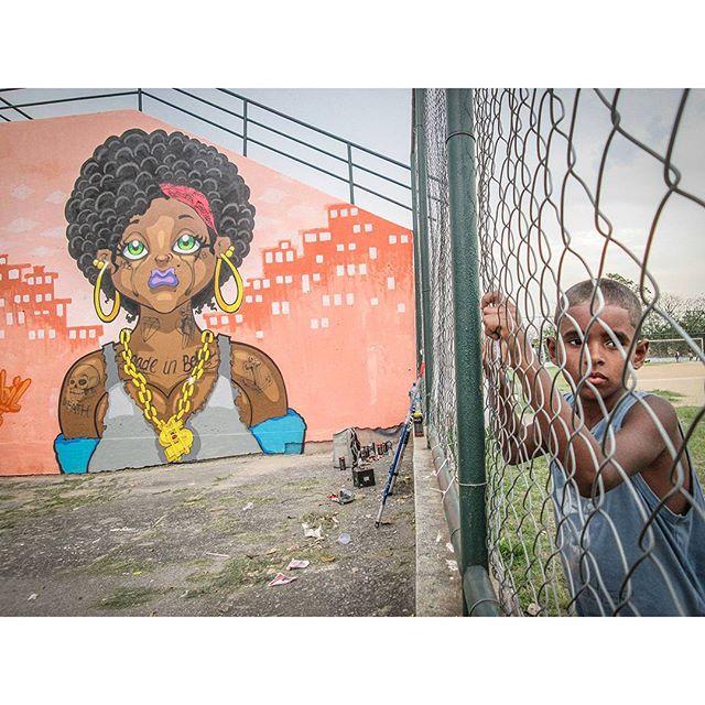 #tapú #sonbil #graffitirj #graffitibrasil #allcitycanvas #allcitypaint #blackpower #keepcrying #littleghettoboy #favela #streetartrio #streetart #instagrafite #brownskin