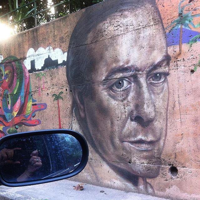 #viniciusdemorais #viniciusdemoraes #grafite #graff #instagraffiti #graffiti #intervencaourbana #graffitiart #instagraff #streetart #streetartrio #streetartbrazil #urbanart #arteurbana #artederua #intervencaourbana