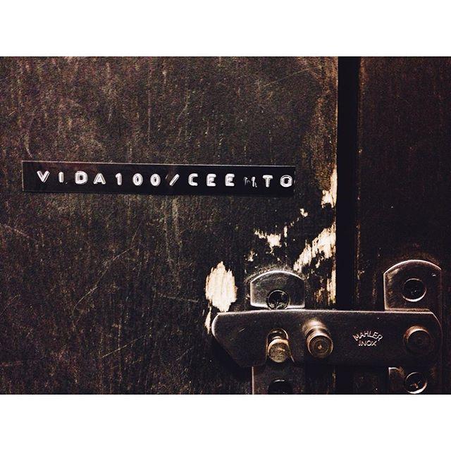 • M O T T O • #aboutlastnight #voidbotafogo #voidelicia #motto #liveauthentic #motto #bathroom #streetartrio #brstreet #streetart #art #welovestreetart #urban #streetphotography #urbanart #vsco #vscocam #vsco_masters #vscomuseum #futureofvsco #vscots #vscogrid #vsco_hub #allshots_ #vscofile #arteemfoco #galeriamink #eutonanuvem