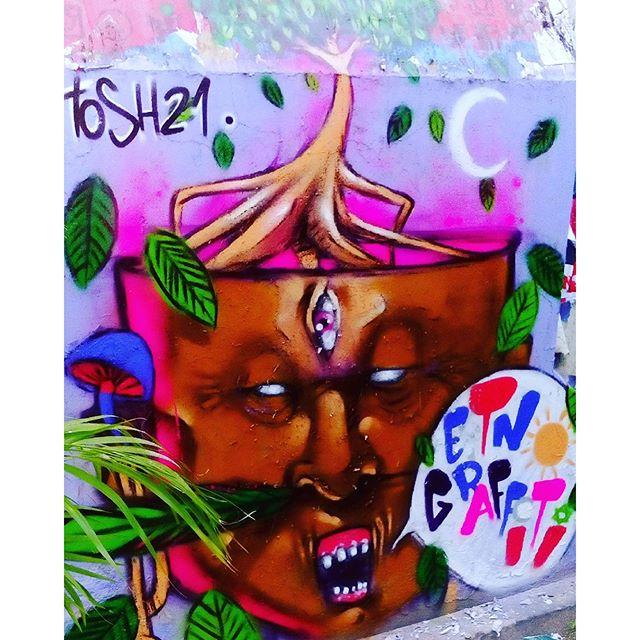 Botafogo/rj/2016 #etnograffiti #classedateliedeideias #streetartrio #arteurbana #errejota #rio40graus #botafogo #caminhosabertos #indigenous #indios #acre #florestaviva #instagraffiti