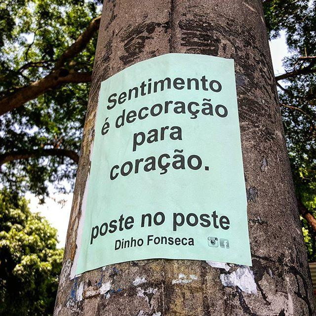 Conheça meu livro VERDADE NOTURNA (Chiado Editora - 284 págs.) no Facebook. Você poderá adquirir o seu pelo site da Chiado Editora ou da EasyBooks. Também em e-book e nas melhores livrarias do Brasil e de Portugal. #poesias #poetry #poema #poemas #verso #versos #poeta #poetas #arte #arteurbana #rj #rio #streetart #original #autor #autoral #post #poste #postes #posts #frases #dinho #dinhofonseca #postenoposte #poster #originals #StreetArtRio #street #verdadenoturna #chiadoeditora