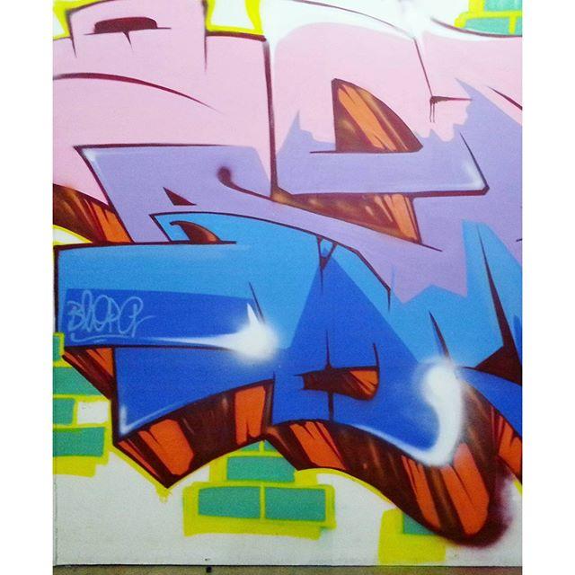 Detail #graffiti #graffitiart #streetart #art #arte #arteurbana #graffitikings #letters #weloveletters #artsy #hiphop #vsco #vscocam #wildstyle #wildstylegraffiti #graffitilovers #streetartrio #Blopa #BlopaOne