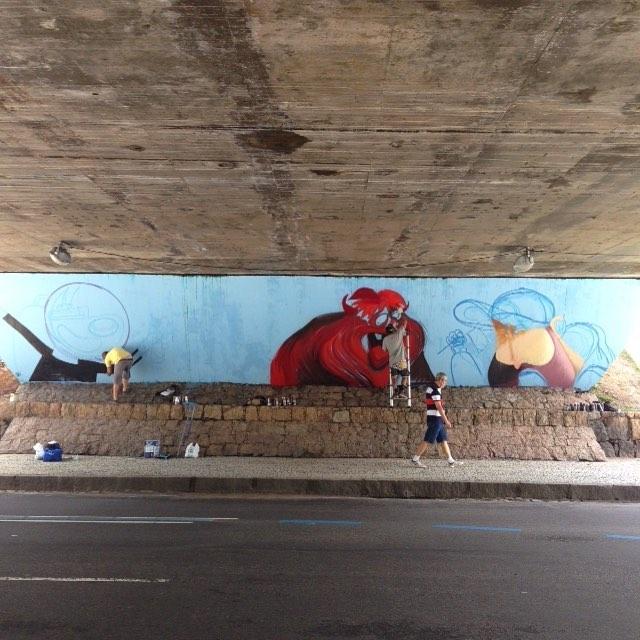 Dia de grafite, com os amigos. #charactergraffiti #cazé #barbudinhoandarilho #chile #centro #streetartrio #streetart
