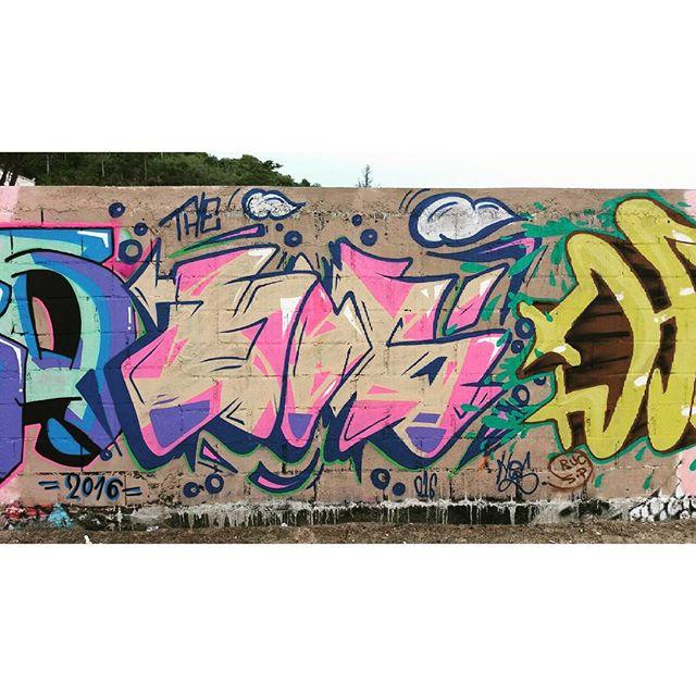 Domingão é dia né! #graffiti #streetartrio #hosgraff #praia #w8 #recreio #thehos
