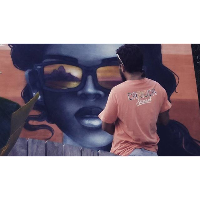 Ficou assim... #cariocasunset #rj #veraocarioca #garotadeipanema #Ipanema #morrodoisirmaos #casamosquito #GilFaria #gilzin #streetart #art #streetartrio #graffiti