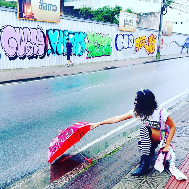 #Floripa ️ @marygirlstyle #streetart #streetartrio #streetartfloripa #idolnostyle #streetstyle