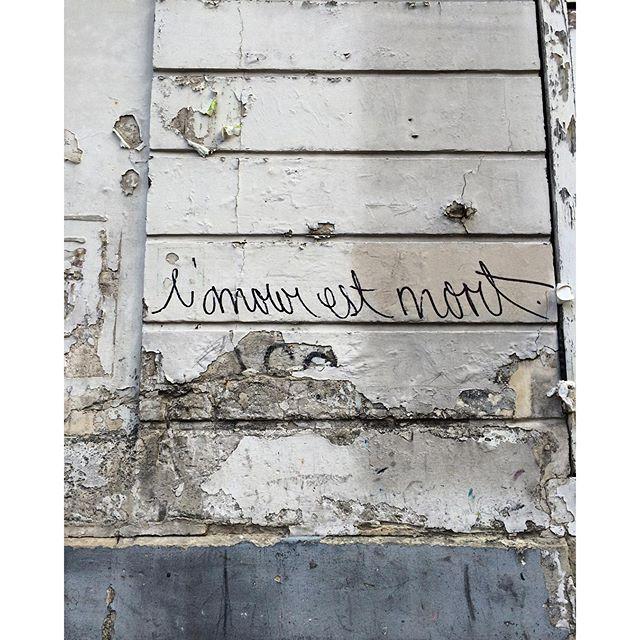 """La réponse pour """"já amou hoje?"""". Le dialogue de #streetartparis avec #streetartrio."""