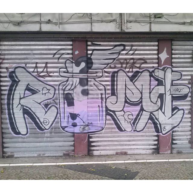 Latãoo #romastreetart #ruasdazn #streetartrio #streetart #graffiti
