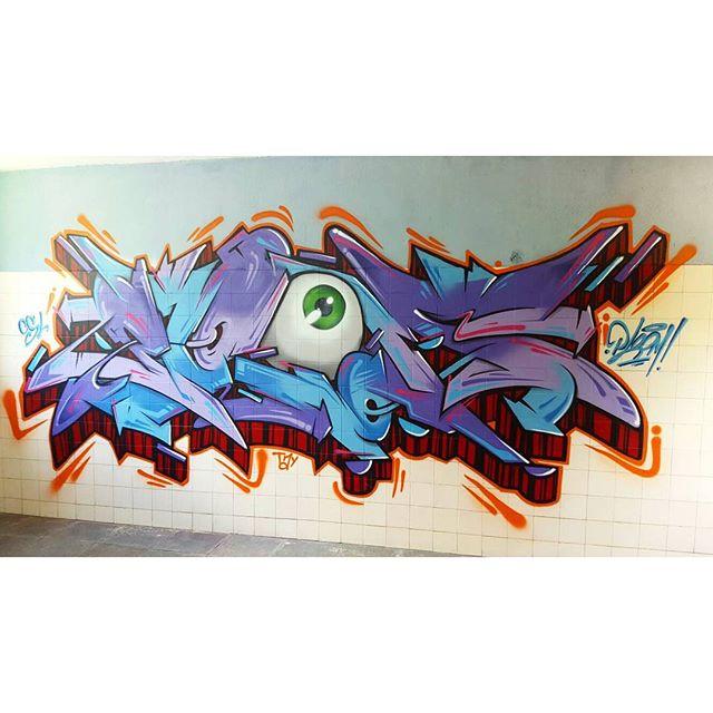 Master piece by @ploom.mlc #graffiti #graffitiart #streetart #art #wildstylegraffiti #brasil #graffitilovers #streetartrio #wildstylebrasil #artsy #drawing #SprayArt