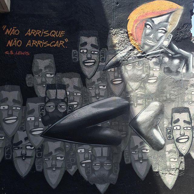Pelo caminho... #MarceloEco #StreetArt #ArteDeRua #Tijuca #InstaGrafite #InstaGraffiti #StreetArtRio