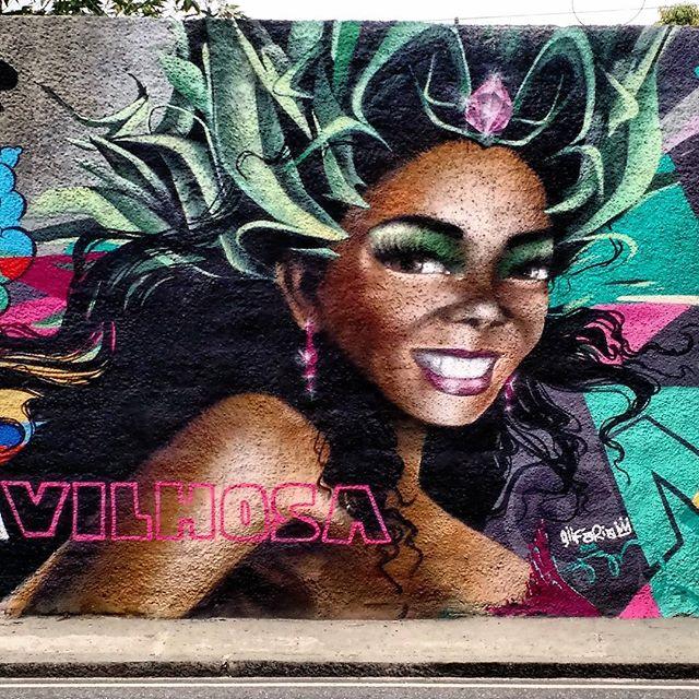 >>RE-POSTAGEM JAN/2016 #RiodeJaneiro #brasil #brazil #grafite #streetart #arte #art #graffiti #artederua #urbanart #desenho #street #draw #graff #spray #urban #cultura #colors #Culture #StreetArtRio #motofoto #brarts