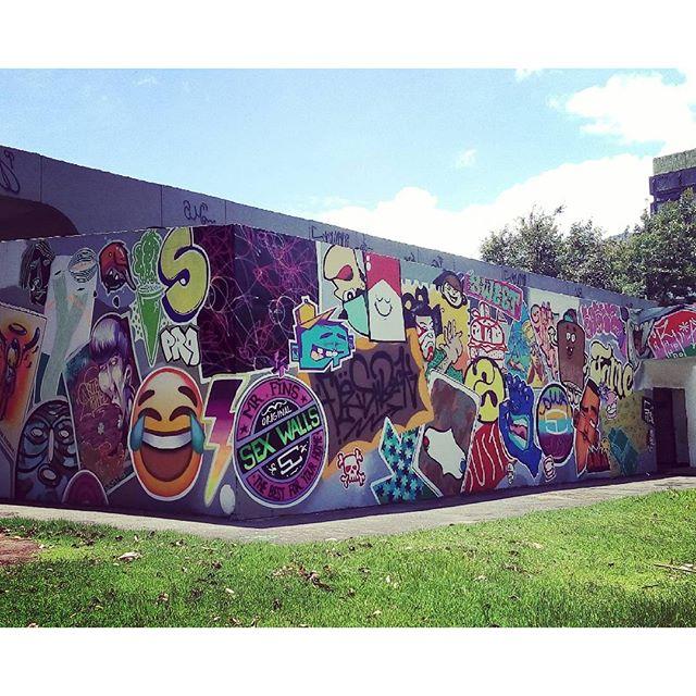 Rio de Janeiro. 23/01/2016 | vandalogy #streetartrio #streetart #riodejaneiro #graffiti #spray #spraypaint #vandalogy2016