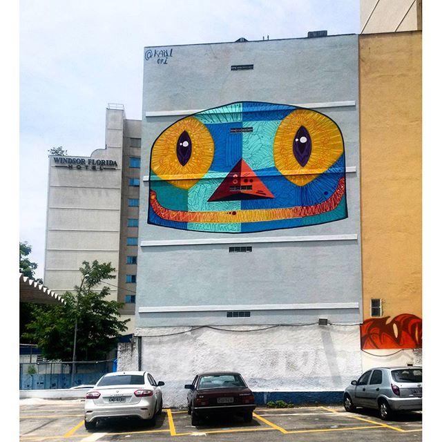 #StreetArtRio Grafite num estacionamento da Rua do Catete perto do Largo do Machado. Artista: @kaduori (Kadu) Tirada em 09/01/2016