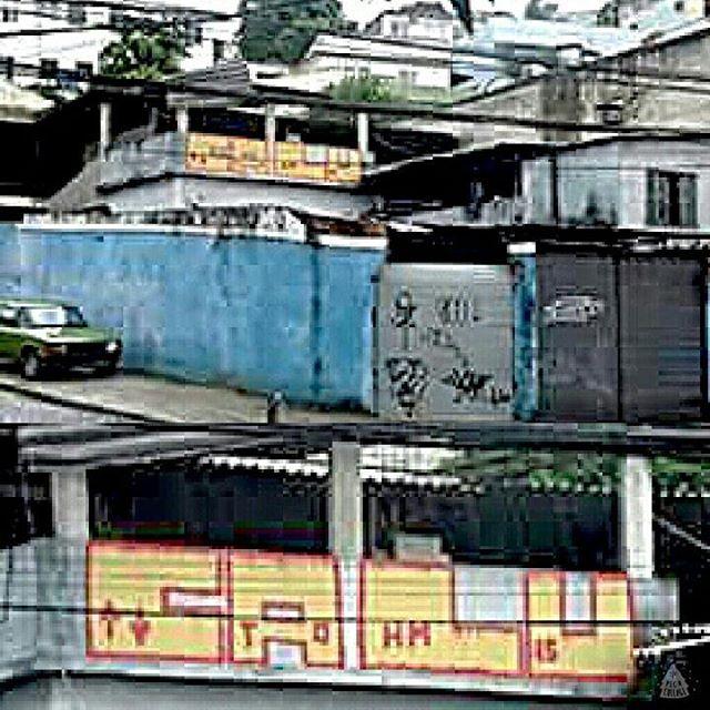 Um grau acima... #graffiti #bomb #throwup #xarpi #xarpirj #pixo #tag #vandal #vandalismo #vandalism #arteurbana #urbanart #estreetart #riodejaneiro #macacoquente #hotmonkey #amantesdotraçooculto #lovershiddenfeature #novaera #newage #StreetArtRio #vandalovers