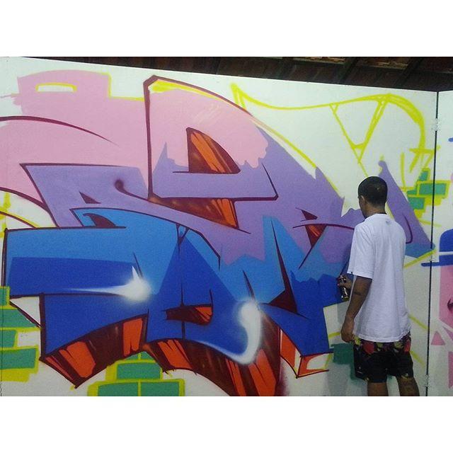 """"""" Vim do nada que é tudo que você pode fazer pra sair da situação em que você está ..."""" #graffiti #graffitiart #streetart #art #arte #arteurbana #graffitikings #letters #weloveletters #artsy #hiphop #vsco #vscocam #wildstyle #wildstylegraffiti #graffitilovers #streetartrio #Blopa #BlopaOne"""