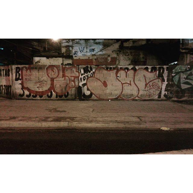 #calvinwolf #wolf #vandal #letter #graffiti #instagrafite #streetartrio #AVCrew Wolf + Dyc De rolinho e mas legal !!!